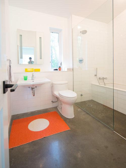 Concrete bathroom floors houzz for Concrete bathroom floor