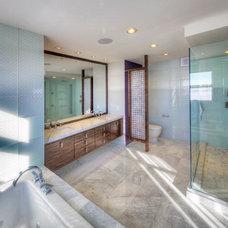 Contemporary Bathroom by Everitt Design