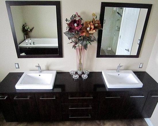 SaveEmail. Contemporary Bathroom