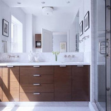 Contemporary Bathroom by CWB Architects