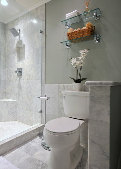 Carrara vs calacatta marble what is the difference for Bathroom design 5x5
