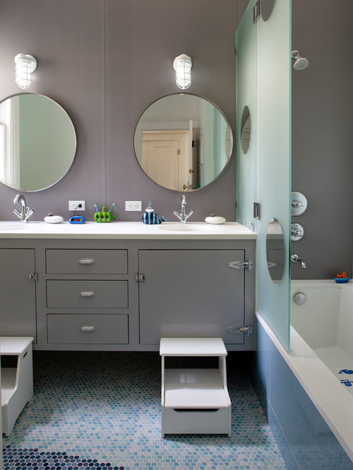 Kids bathroom home design ideas pictures remodel and decor for Kids bathroom ideas for boys