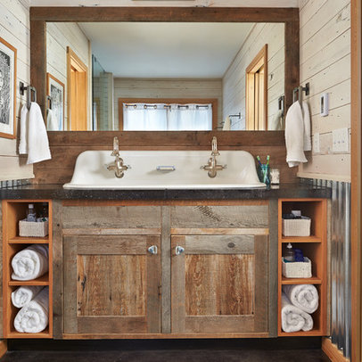 Rustic Siding Bathroom Design Ideas, Pictures, Remodel and Decor