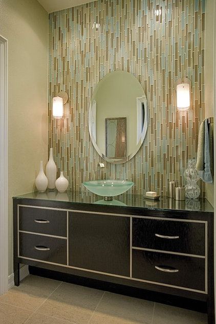Make the Most of Your Bathroom Lighting for a Warm and Flattering Look