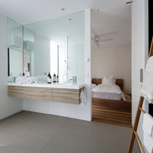 Mirrors that reflect style