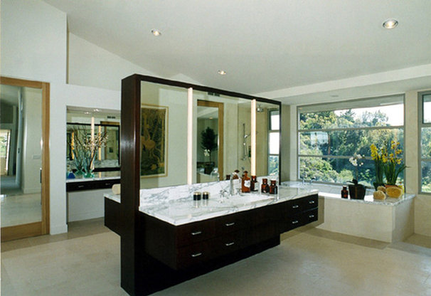 Contemporary Bathroom by TaylorDevelopment