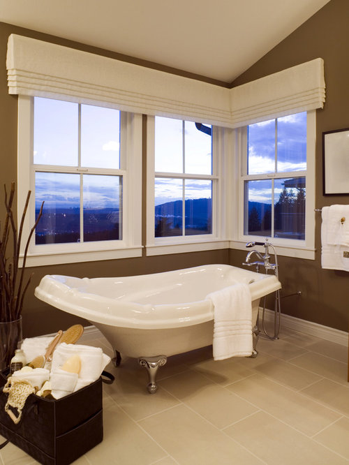 Lovely Contemporary Bathroom Idea In Austin With A Claw Foot Tub Pictures Gallery
