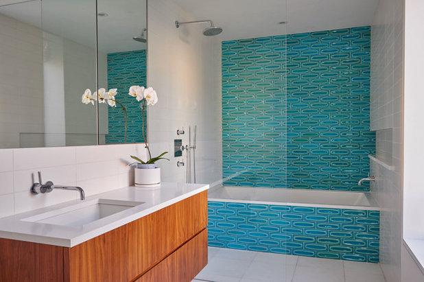 Simple Contemporary Bathroom Contemporary Bathroom