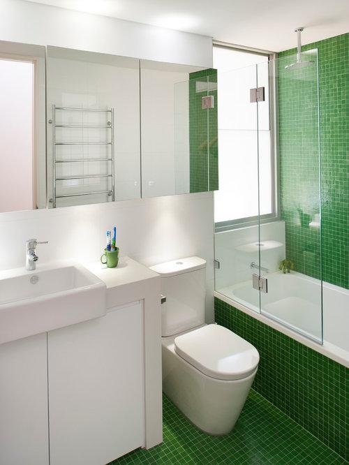 Example Of A Trendy Kidsu0027 Green Tile And Mosaic Tile Mosaic Tile Floor  Bathroom Design
