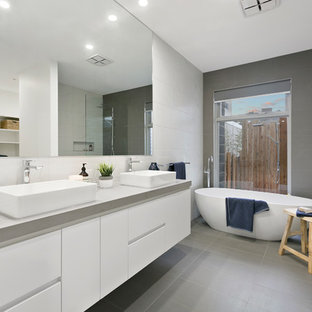 This is an example of a contemporary 3/4 bathroom in Melbourne with flat-