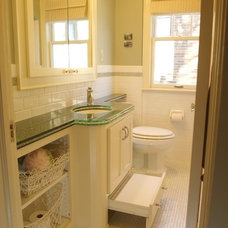 Contemporary Bathroom by Leslie Sale- TimberLine Construction