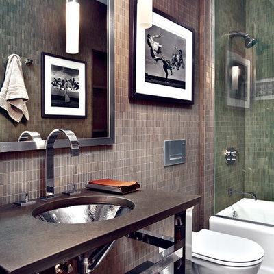 Trendy bathroom photo in Chicago with a wall-mount toilet and a console sink