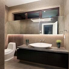 Contemporary Bathroom by Vadim Kadoshnikov