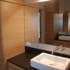 Contemporary Bathroom by Zack|de Vito Architecture + Construction