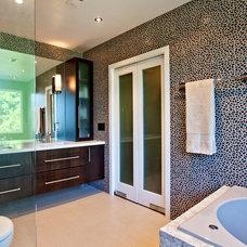 Contemporary Bathroom by Claudia Interior Design