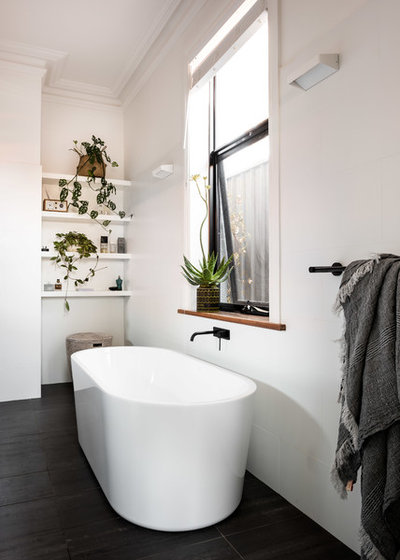 Contemporary Bathroom by Studio Atelier