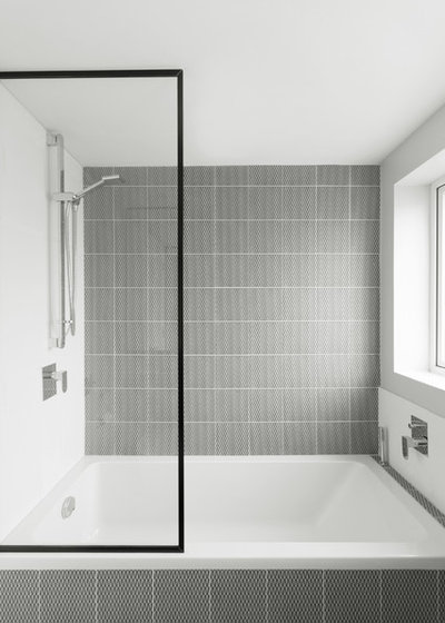 Bathroom by Studio Wolter Navarro