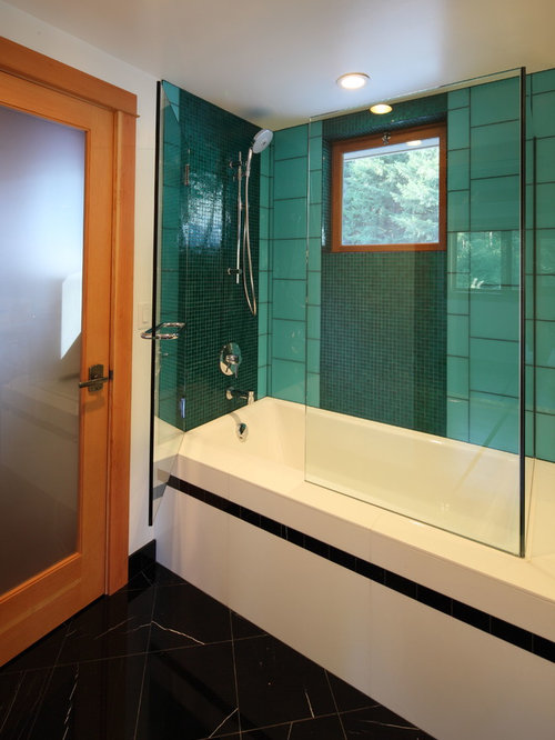 Green and black bathroom ideas pictures remodel and decor for Green and black bathroom ideas