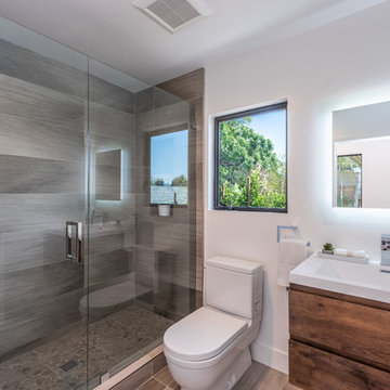 Contemporary Guest Bath | Wrightwood Residence | Studio City, CA