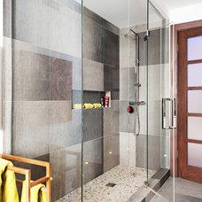 Contemporary Bathroom by David Giral Photography