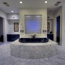 Contemporary Bathroom by Fratantoni Luxury Estates