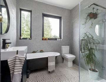 Contemporary Marmorino Bathroom