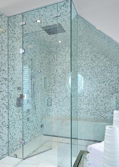 New Contemporary Bathroom by Segreti Design