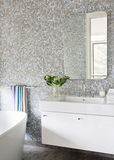 Contemporary Bathroom by Lischkoff Design Planning