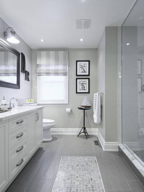 Elegant Bathroom Photo In Toronto With Gray Walls