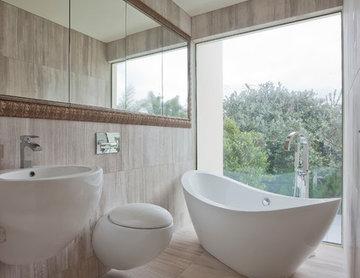 Contemporary Washroom