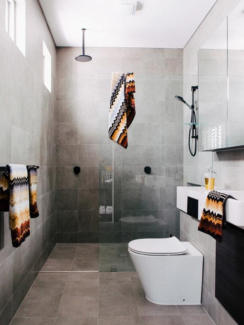 badezimmer mit zementfliesen und grauen wänden: design-ideen, Hause ideen