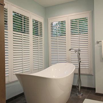 Cool Blue Transitional Bath - Troy, MI