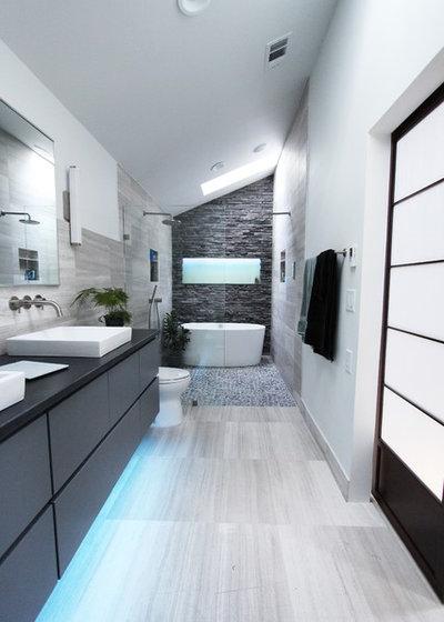 12 astuces gain de place pour optimiser une petite salle - Salle de bain longue et etroite ...
