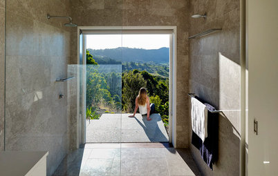 5 Reasons to Choose a Walk-in Shower