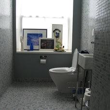 Contemporary Bathroom by inspirationCOLOR - Jacki Tate