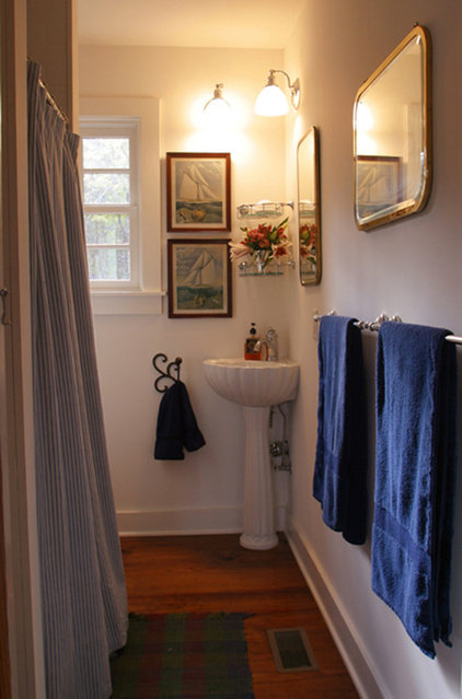 Traditional Bathroom by Gerald D. Cowart, AIA, LEED  AP
