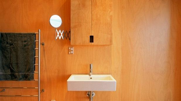 コンテンポラリー 浴室 by Crosson Architects
