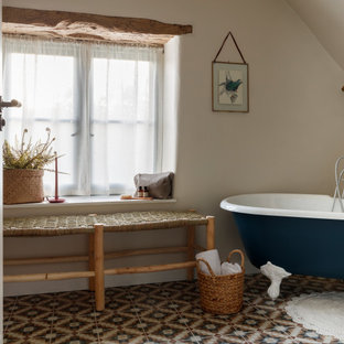 Inspiration for a country bathroom in London.