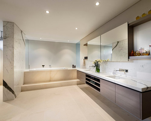 Best Western Bathroom Design Ideas & Remodel Pictures | Houzz