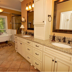 traditional bathroom by CASE Design/Remodeling Birmingham