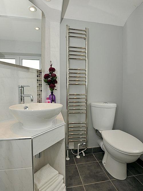 landhausstil badezimmer mit gefliestem waschtisch design ideen beispiele fr die badgestaltung houzz