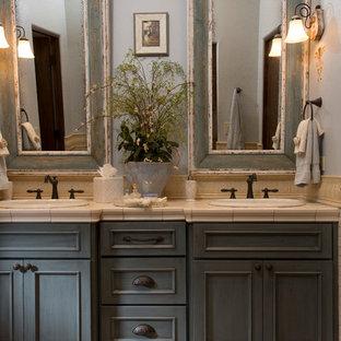 Elegant Bathroom Photo In Houston