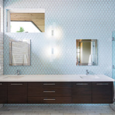 Contemporary Bathroom by Lloyd Architects
