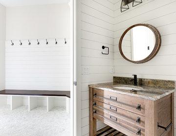 #CountrysideCustom - Pool Bathroom