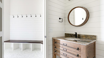 #CountrysideCustom - Pool Bathroom