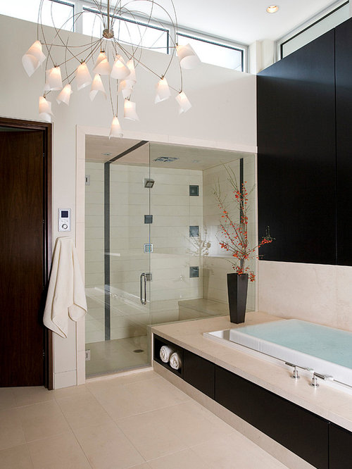 Exceptional Example Of A Trendy Beige Tile Bathroom Design In Chicago
