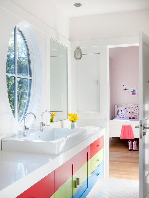 SaveEmail. Kids Shared Bathroom Design Ideas  amp  Remodel Pictures   Houzz