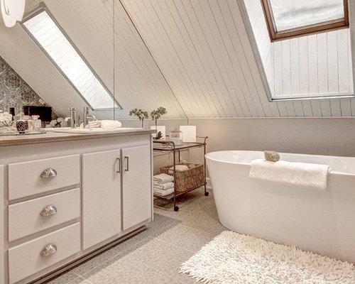 Shabby-Chic-Style Badezimmer mit Laminat-Waschtisch Ideen, Design ...