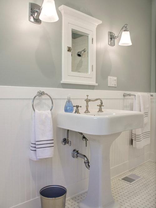 Arts and crafts bathroom design ideas renovations photos for Arts and crafts style bathroom design
