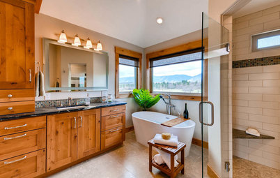 Room of the Day: Craftsman-Style Master Bath With a View